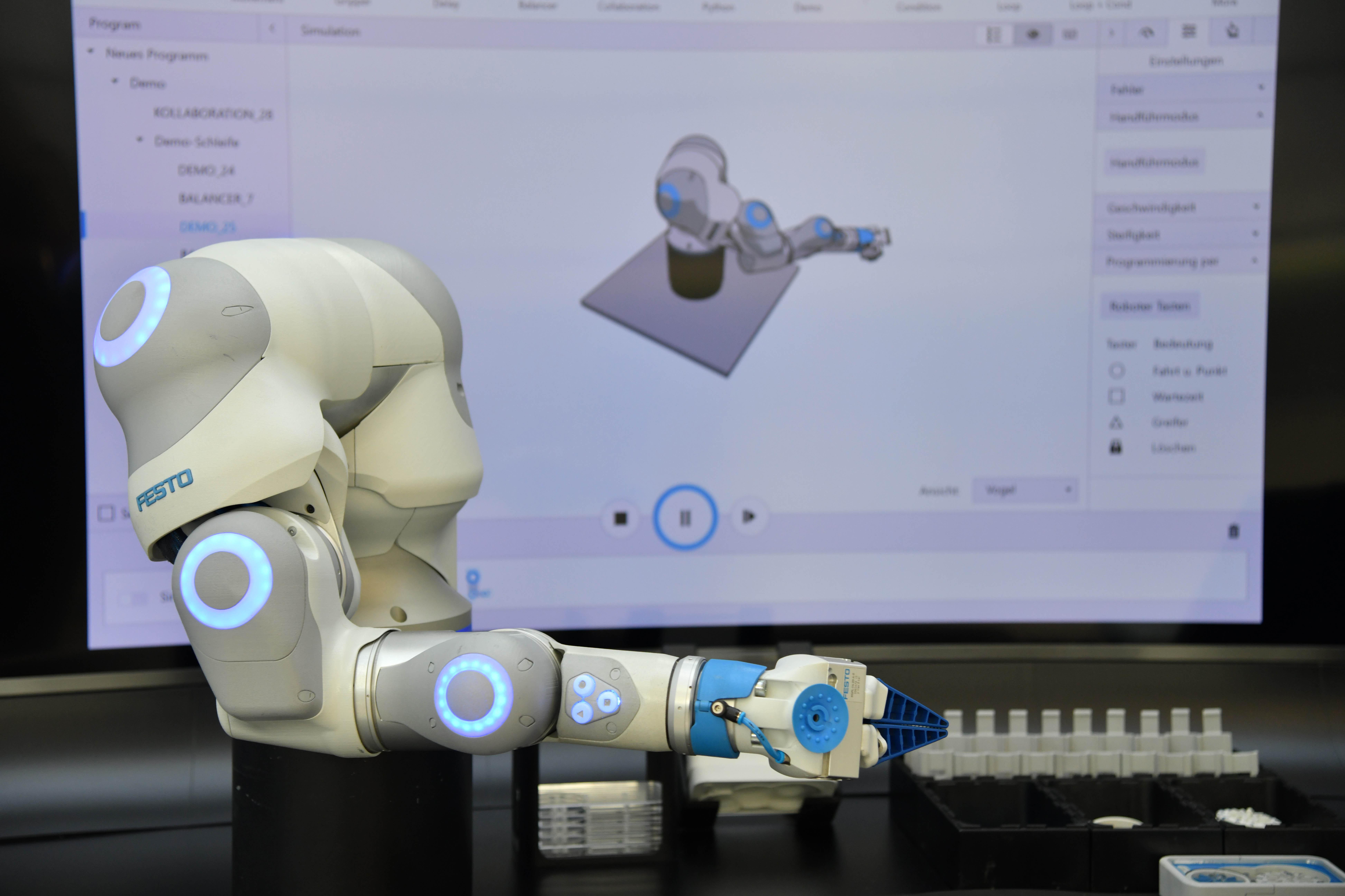 BionicCobot